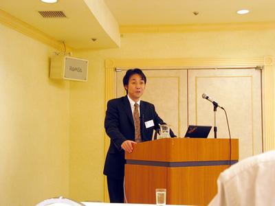 今後の戦略などについて語ったインテリシンク(株)代表取締役社長の荒井真成氏