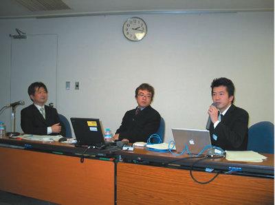 スピーカの吉川氏(左)と前田氏(右)