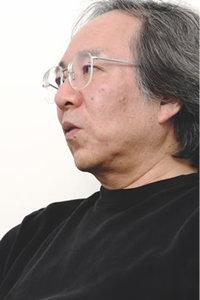 武蔵野美術大学造形学部デザイン情報学科教授 今泉洋氏。「何がリソースと表現をつないでいるのかっていうのがテーマ」