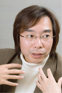 東海大学文学部広報メディア学科助教授 水島久光氏。「Googleは僕らが生きている世界の一部しか照らしていないのに」