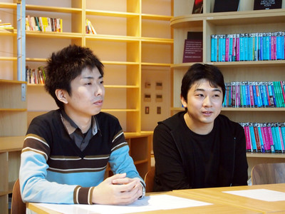 株式会社adingo取締役小澤昇歩氏(右)と同社エンジニア岩川建彦氏(左)