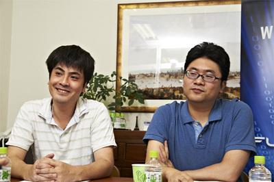 (左から)伊東弘満氏,大和屋貴仁氏