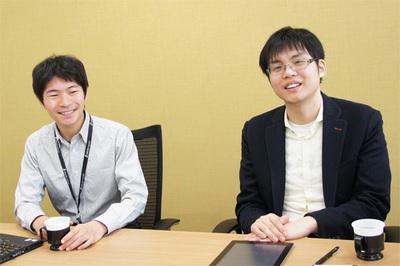 お話を伺った,さくらインターネット代表取締役社長 田中邦裕氏(右)と,さくらインターネット研究所上級研究員 大久保修一氏(左)