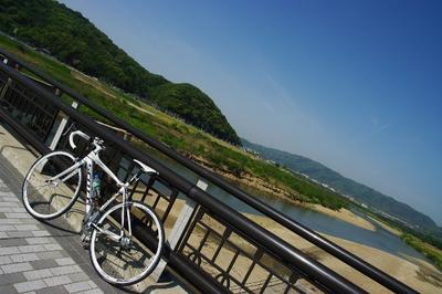写真3 木津川。ここから淀川サイクリングロードへ