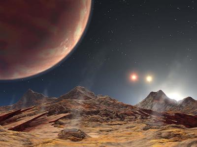 異形の惑星 2005年7月,ハワイのケック望遠鏡によって発見された系外惑星HD188753Abの想像図。このように3重連星系にも惑星が発見されている。そこで見られる光景は私たちの知る光景とはずいぶん違うだろう。(『宇宙は地球であふれている』より。提供:NASA/JPL-Caltech.)