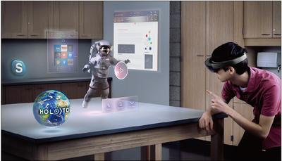 写真3 HoloLensを使用した「Windows Mixe Reality」の世界観