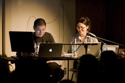 嶋田俊宏氏(左)佐々木京子(右)