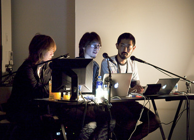 加茂雄亮(左)新藤愛大氏(中央)イズカワタカノブ氏(右)