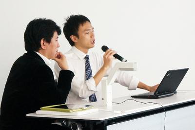 Windows 8とWindowsストアの可能性について松岡氏と皆川氏
