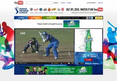 図1 IPLのYouTube公式チャンネルでは,試合が生中継される