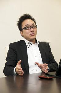 中塚 薫氏