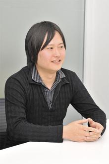 鈴木俊裕氏