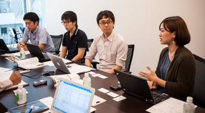 写真 (左から)安田氏,内藤氏,藤坂氏,松井氏