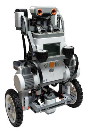 図1 ETロボコン2011 ロボット