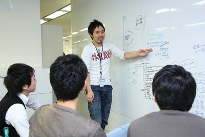 グループスのエンジニアには,自分たちのサービスを責任を持って届ける気持ちが求められる