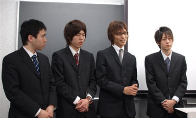 NISLabメンバー。左から松下知明さん,清水誠さん,加藤宏樹さん,中島申詞さん