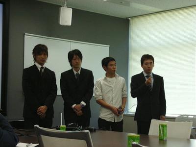 左から加藤 宏樹さん,中島 申詞さん,前山 晋哉さん,松下 知明さん