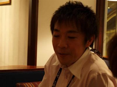 写真2:小板先生は38歳。写真を見てもわかるようにとても若々しくて,初めてお会いしたときは学生だと思ってしまいました