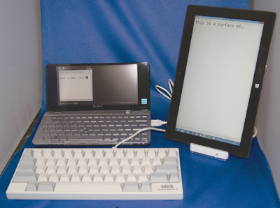写真3 CS533とSurface RT