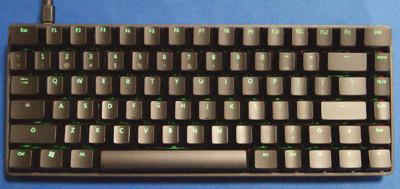 写真2 ファンクションキー搭載の小型キーボード KBT Race 75%