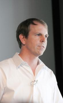 IBM Linux Technology Center Director,Jim Wasko氏