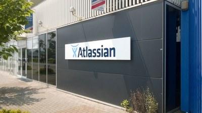 アトラシアン株式会社!