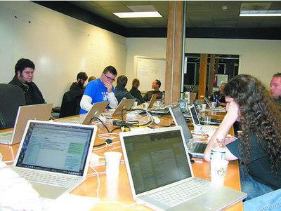 OpenID Hackathonの風景。Mac率高し