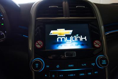 Chevrolet車に搭載されているMyLink。そういえば昨年デンバーへ行った際に借りた車もChevroletで,これを便利に使ってたのでした。