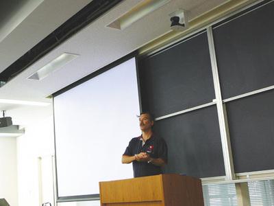 AsiaBSDCon 2007で講演を行うMarshall Kirk McKusick氏