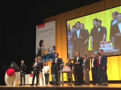 2015年4月,世界のどこよりも早くJava20周年のお祝いが行われたJava Day Tokyo 2015。インタビューに協力いただいているGeorges氏のセッションはもちろん,Javaの父,James Gosling氏のビデオメッセージなども流れた