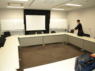 初めて勉強会を開催した東京大学駒場キャンパス内のゼミ室