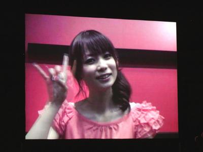 ビデオメッセージで登場した,タレントの中川翔子氏