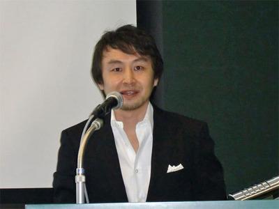 日本語版リリースについて発表する,ブライトコーブ(株)代表取締役社長 橋本久茂氏