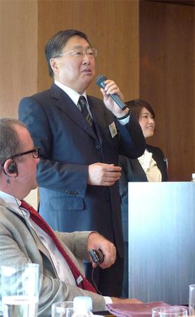 セミナーの最後に利用料金についての質問に答えるIDCフロンティア社長の真藤 豊氏「S3と比較しても納得いただける金額をお約束します」とのこと