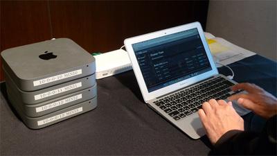 発表セミナー会場にもかんたんなデモ環境が用意された。複数のストレージを柔軟に追加,切り離しでき,即座に同期,負荷分散も行われる
