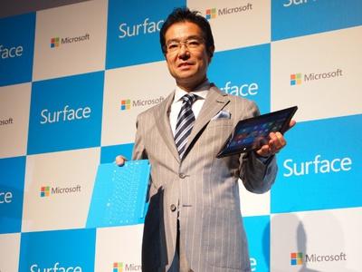 「ようやく日本でも販売することができます」と,Surface RTの発売を発表した日本マイクロソフト代表執行役社長 樋口泰行氏