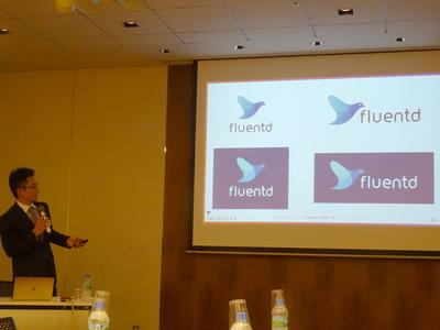 続いて説明を行ったトレジャーデータ(株)マーケティングディレクターの堀内健后氏。FluentdやEmbulkのロゴも本格的なサポート開始にともない変わる(変わった)とのこと