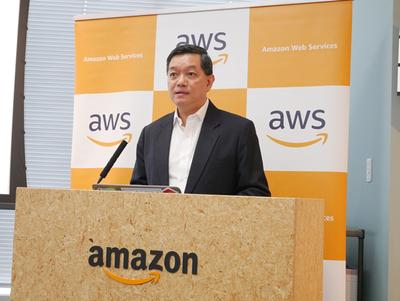 アマゾンウェブサービス アジアパシフィックジャパン 教育・学術研究・ヘルスケアおよび非営利団体 地域統括責任者 ヴィンセント・クア氏から,AWS Educate,AWS EdStartについて説明された