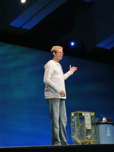 写真2 2009 JavaOne Conference,開幕から閉幕まで新ホストの大役を務めたChris Melissinos氏