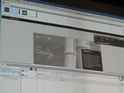 写真3 Flash Catalystではコードを書かずにインタラクティブなデザインを仕上げることができる