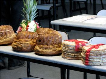 カンファレンスの昼食や軽食として振る舞われたパン。この地方独特の形状。