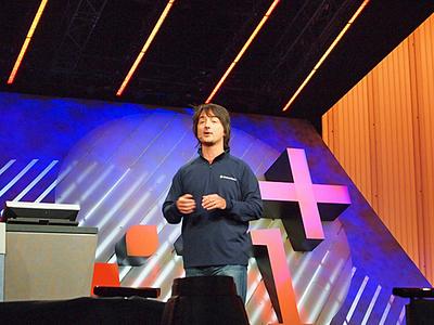 独特のマシンガントークで,Windows Phone 7の魅力をふんだんに紹介したJoe氏