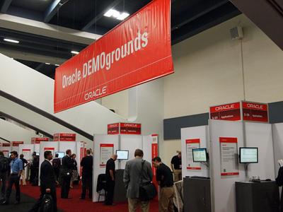 Oracle DEMOgroundsと名付けられたスペースには,各種Oracle製品が展示されている他,担当者から直接説明を聞くことができる。