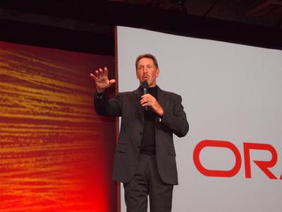 堂々と登場した,Oracle CEO, Larry Ellison氏