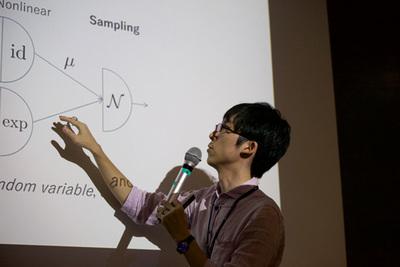 確率的ニューラルネットについて語るTokui氏