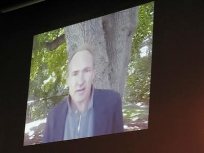 写真2 ティム・バーナーズ・リー氏のビデオノート