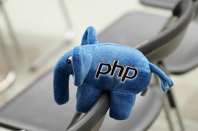 写真5 PHPのイメージキャラクタの象