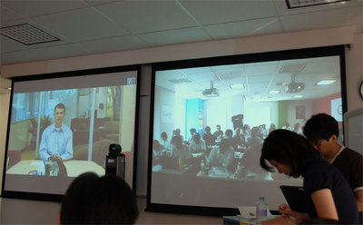 会見の模様。Linus氏は米国本社からビデオ会議システムを使って発表。質疑応答も非常にスムーズに行われた。