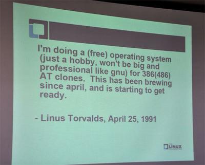 Linus氏が1991年に当時のminixニュースグループに出した「伝説のメッセージ」-Linuxカーネルの開発を明かした文面を引用しつつ説明。