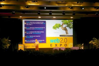 過去の歴史と今の動向を見ながら,Webの未来について語るオライリー氏